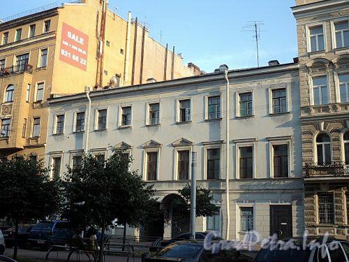 Захарьевская ул., д. 7. Фасад здания. Фото июль 2010 г.
