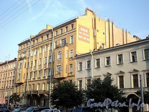Захарьевская ул., д. 9. Общий вид. Фото июль 2010 г.