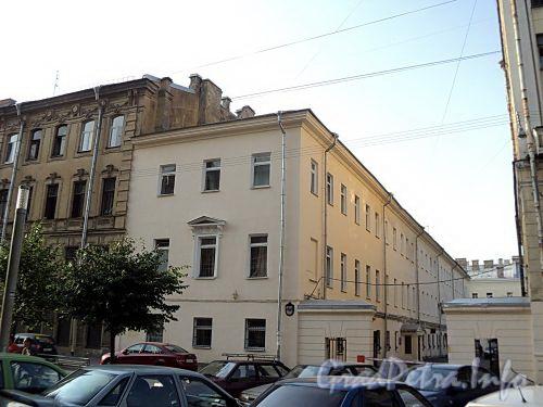 Захарьевская ул., д. 14. Левый корпус. Фото июль 2010 г.