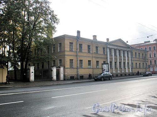 Кирочная ул., д. 31 (правый корпус) / ул. Радищева, д. 41. Фасад по Кирочной улице. Фото сентябрь 2010 г.