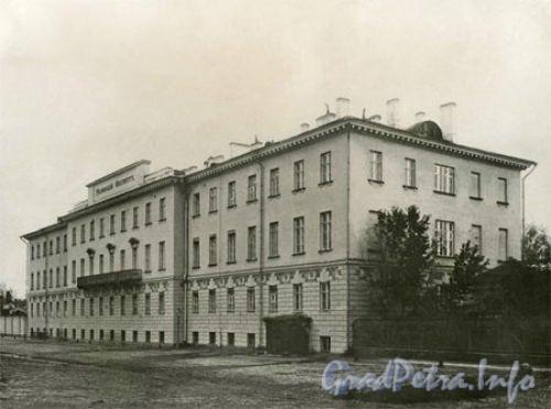 Кирочная ул., д. 54. Главное здание. Общий вид. Фото конца XIX века. (с сайта школы № 163)