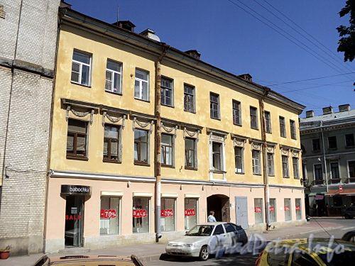 Гангутская ул., д. 18 / Гагаринская ул., д. 19. Фасад по Гангутской улице. Фото август 2010 г.