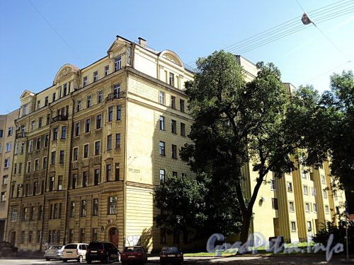 Тверская ул., д. 13. Общий вид. Фото август 2010 г.