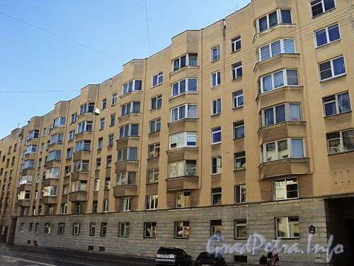 Тверская ул., д. 15. Фасад лицевого корпуса. Фото август 2010 г.