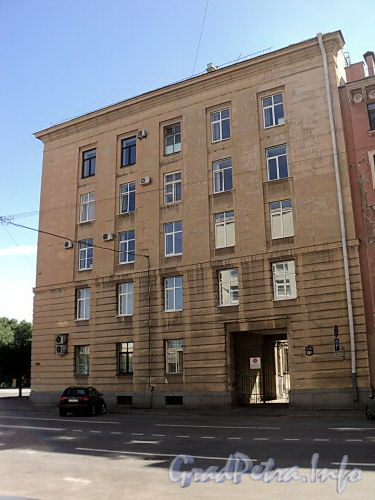 Тверская ул., д. 31. Фасад по Тверской улице. Фото август 2010 г.