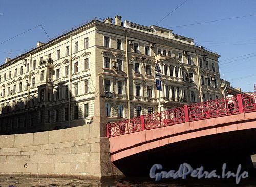 Гороховая ул., д. 16 / наб. реки Мойки, д. 71. Вид с Мойки. Фото июнь 2010 г.