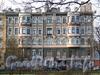 Ул. Блохина, д. 33 (правая часть). Доходный дом В. М. Тележкина. Фасад здания. Фото апрель 2011 г.