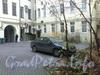 Фурштатская ул., д. 17. Во дворе  дома. Фото ноябрь 2011 г.