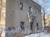 2-я Комсомольская ул., дом 26, корп. 2. Парадная со стороны дома 23, корп. 2 по ул. Пограничника Гарькавого. Фото январь 2012 г.