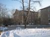 Перспектива домов 22 (корп. 1 и 2)(справа и посередине) по ул. 2-ой Комсомольской и дом 21, корп. 2 (в глубине слева) по ул. Пограничника Гарькавого. Фото от угла дома 20 по 2-ой Комсомольской ул. Фото январь 2012 г.