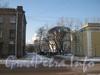 2-я Комсомольская улица. Проезд между домом 13, корп. 1 (слева) и домом 11, корп. 1 (справа). Фото январь 2011 г.