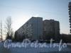 Ул. Летчика Пилютова, дом 17 (справа) и дом 23 (слева). Общий вид со стороны универсама «Пятёрочка». Фото февраль 2012 г.