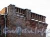 Инструментальная ул., д. 4. Детали фасада. Фото февраль 2012 г.