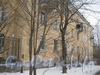 Ул. Белоусова, дом 27. Общий вид дома со стороны ул. Белоусова. Фото февраль 2012 г.