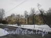 Ул. Белоусова, дом 18. Общий вид на дома 18 (слева) и 18 корпус 1 (справа) от дома 19 по ул. Белоусова. Фото февраль 2012 г.