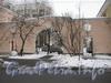 Севастопольская ул., дом 38. Ворота дома со стороны Севастопольской ул. Фото февраль 2012 г.