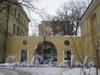 Новоовсянниковская ул., дом 13. Ворота дома. Фото февраль 2012 г.
