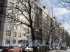 Ул. Здоровцева, дом 33, корп. 1. Общий вид со стороны двора и парадных. Фото март 2012 г.