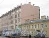 4-я Красноармейская ул., дом 18, лит. Б (слева) и дом 20 (справа). Общий вид с Советского пер. Фото март 2012 г.