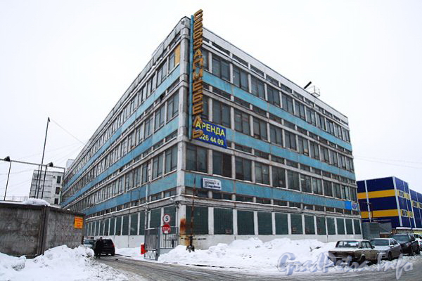 Ул. Дегтярева, д. 4. Общий вид здания. Фото 2011 г.