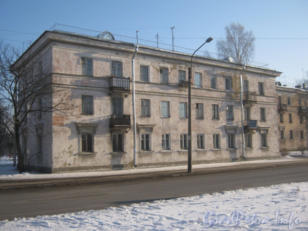 Ул. Летчика Пилютова, дом 18. Общий вид дома. Фото февраль 2012 г.