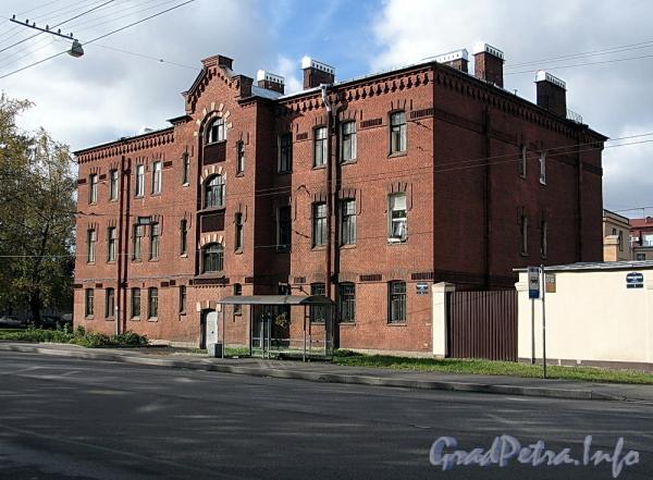 Ремесленная ул., д. 3. Общий вид. Фото октябрь 2011 г.