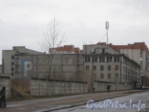 Ул. Тамбасова, дом 5. Общий вид здания с перекрёстка улиц Тамбасова и Новобелицкой. Фото апрель 2012 г.