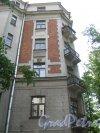 Кронверкская ул., дом 29/37, литера Б. Фрагмент здания со стороны двора и Кронверкской ул . Фото 7 июля 2012 г.
