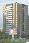 Прибрежная ул., дом 11. Общий вид со стороны дома 18 по Прибрежной ул. Фото 13 мая 2013 г.