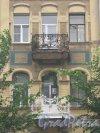 Ул. Черняховского, дом 51. Доходный дом В. Е. Романова. Фрагмент фасада. Фото 14 июня 2013 г.