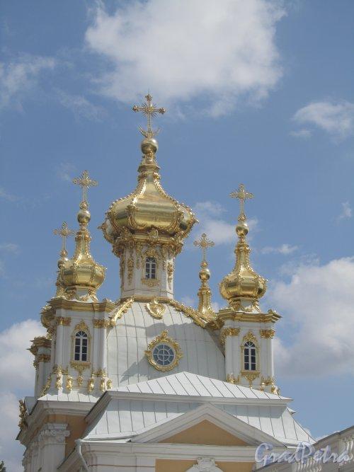 Разводная ул., дом 2. Домовая церковь Петра и Павла Большого Петергофского двореца. Фото июль 2012 г.