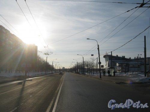 Перспектива улицы Доблести от Ленинского проспекта в сторону улицы Маршала Захарова. Фото 28 января 2013 г.