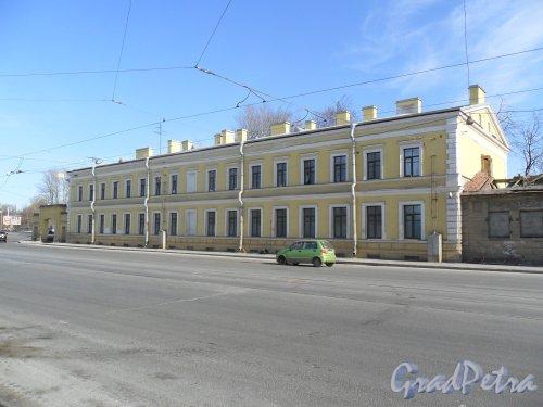 Улица Калинина, дом 2, корпус 3. Фасад после реконструкции. Фото 19 марта 2013 г.