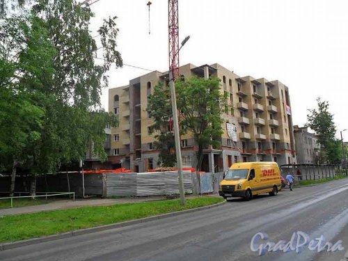 Улица Киргетова, дом 26 / ул. 7-й Армии, дом 5. Кирпичный дом-вставка