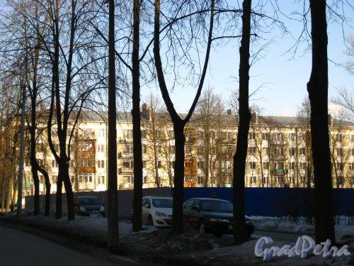 Алтайская ул., дом 39. Участок через полтора года после сноса гаража-гостиницы. Фото 22 марта 2013 года.