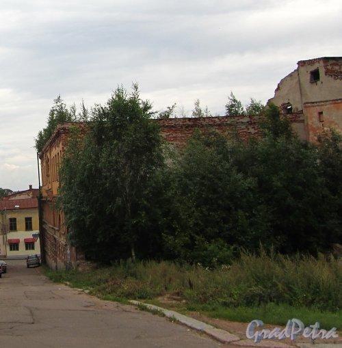 Г. Выборг, Красноармейская ул., дом 10A. Вид со стороны улицы Красина. Фото 19 августа 2012 г.