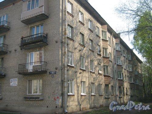 Караваевская ул., дом 29. Общий вид со стороны фасада. Фото 13 мая 2013 г.