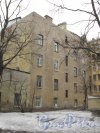 Улица Комиссара Смирнова, дом 4А, литера А. Вид жилого дома со стороны двора дома 3А по Лесному проспекту. Фото 16 марта 2012 года.