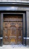 Союза печатников ул., д. 12. Доходный дом Н. В. Печаткина. Двери. Фото апрель 2013 г.