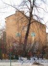 Бармалеева улица, дом 32, литера Б. Двор. Фото Март 2012 г.