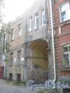 Лен. обл., Гатчинский р-н, г. Гатчина, ул. Чкалова, дом 18. Общий вид здания. Фото август 2013 г.
