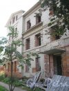 Лен. обл., Гатчинский р-н, г. Гатчина, ул. Чкалова, дом 16б. Общий вид здания. Фото август 2013 г.