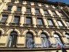 Ул. Рубинштейна, д. 4. Доходный дом П. К. Палкина. Фрагмент фасада. Фото май 2011 г.
