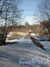 Улица Вологдина. Вид из Шуваловского парка в сторону Карьерной улицы. Фото апрель 2012 г.