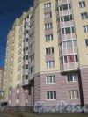 Ул. Маршала Захарова, дом 16, корпус 1, литера А. Фрагмент фасада. Фото 11 марта 2014 г.