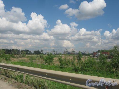 Ул. Доблести. Вид в сторону Угольной Гавани. Фото 30 мая 2013 г.