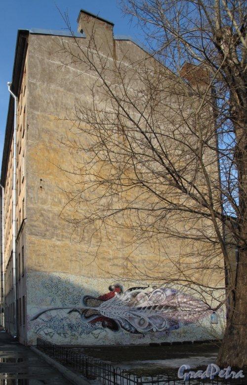 Газовая ул., д. 15жилой дом. Граффити на брандмауэре. Фото март 2012 г.