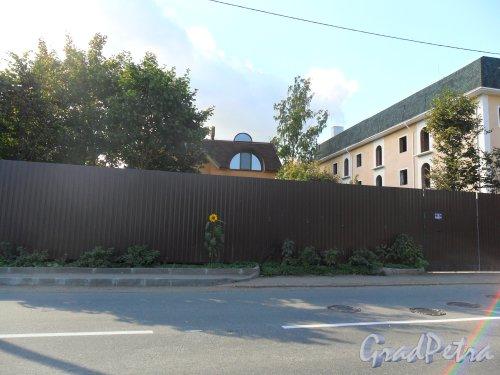 Улица Большая Озерная, дом 78. Фото 23 сентября 2013 года.