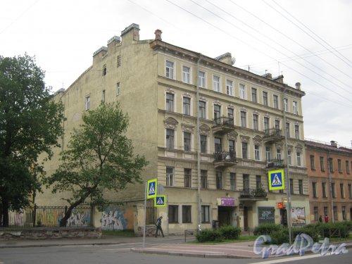 Ул. Черняховского, дом 11. Общий вид здания. Фото 14 июня 2013 г.