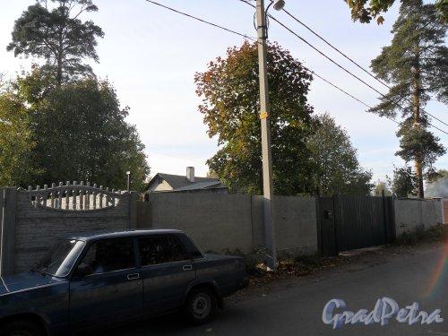 Староорловская улица, дом 30. Фото 2 октября 2013 года.